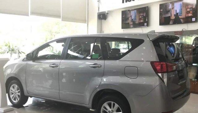 Bán Toyota Innova năm sản xuất 2019, màu bạc, xe mới 100%