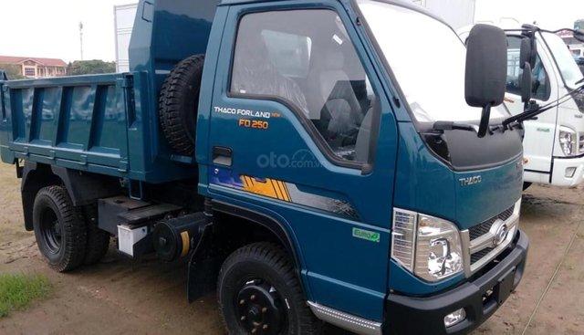 Bán ô tô Thaco Forland FD250 đời 2018, màu xanh lam, giá 304tr