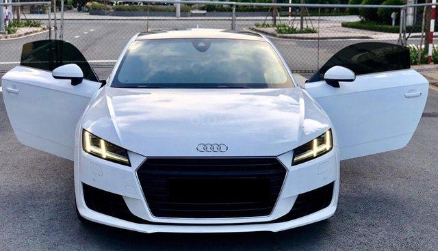 Cần bán lại xe Audi TT sản xuất 2015, màu trắng nhập