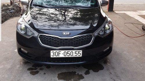 Cần bán lại xe Kia K3 1.6 AT sản xuất năm 2014, màu đen