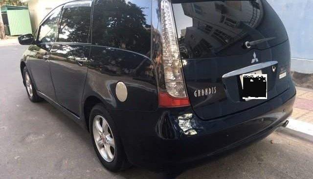 Gia đình cần bán Mitsubishi Grandis 2.4 số tự động 7 chỗ, sx 2005, máy móc gầm đồng đi cực kì êm ái