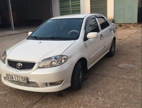 Bán Toyota Vios sản xuất năm 2005, màu trắng, xe nhập