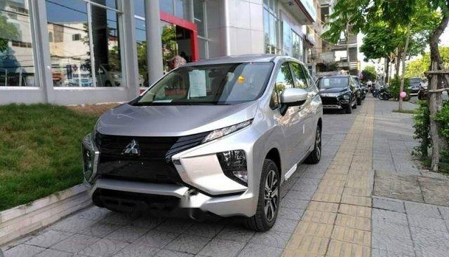 Bán xe Mitsubishi Xpander sản xuất năm 2019, màu bạc, nhập khẩu