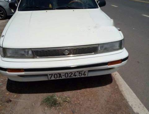Bán Nissan Bluebird 1992, màu trắng, nhập khẩu