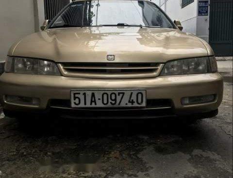 Bán Honda Accord 1995, màu vàng, 115tr