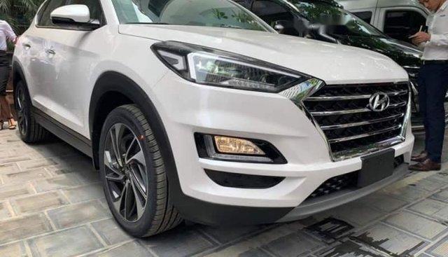 Bán Hyundai Tucson Facelift năm 2019, màu trắng, nhập khẩu
