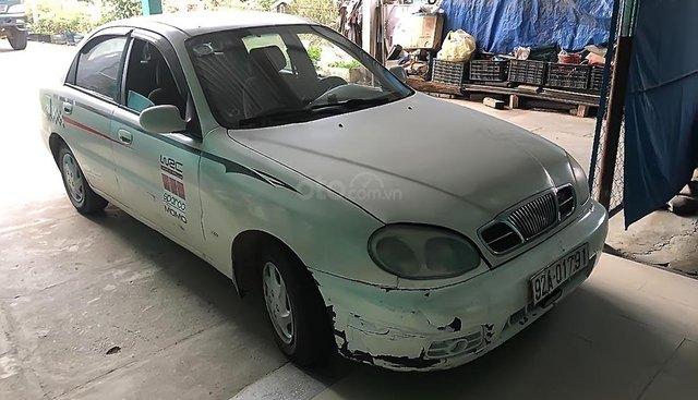 Bán ô tô Daewoo Lanos đời 2002, màu trắng, nhập khẩu nguyên chiếc