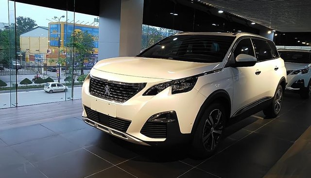 Bán ô tô Peugeot 3008 sản xuất 2019, màu trắng