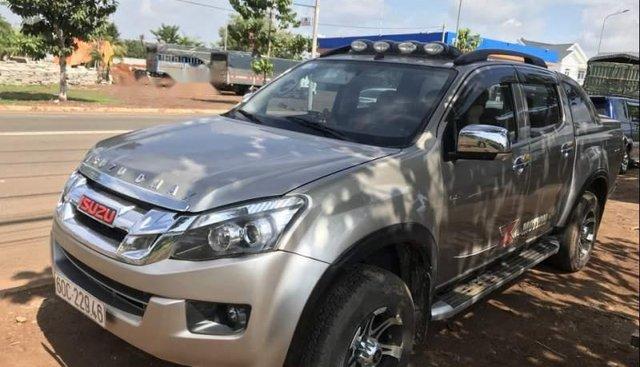 Chính chủ bán Isuzu Dmax 2015, màu vàng, nhập khẩu nguyên chiếc