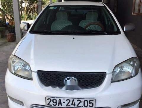 Cần bán lại xe Toyota Vios sản xuất 2005, màu trắng