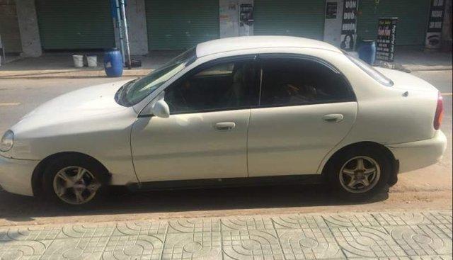 Xe Daewoo Lanos MT năm sản xuất 2002, màu trắng, xe nhập