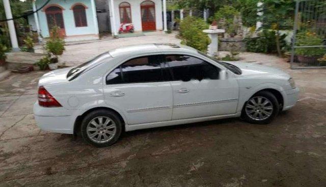 Cần bán Ford Mondeo 2005, màu trắng, nhập khẩu nguyên chiếc số tự động