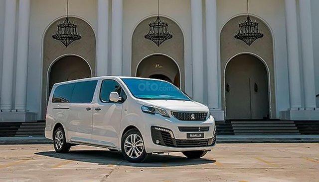 Bán xe Peugeot Traveller Luxury sản xuất năm 2019, màu trắng