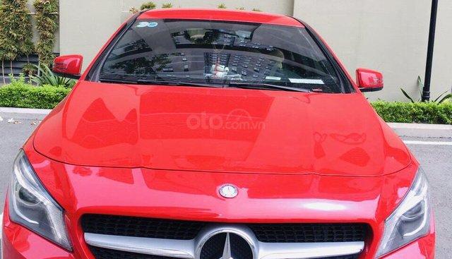 Bán CLA 200 2015 màu đỏ, xe nhập nguyên chiếc, xe đẹp đi ít, chất lượng bao kiểm tra hãng