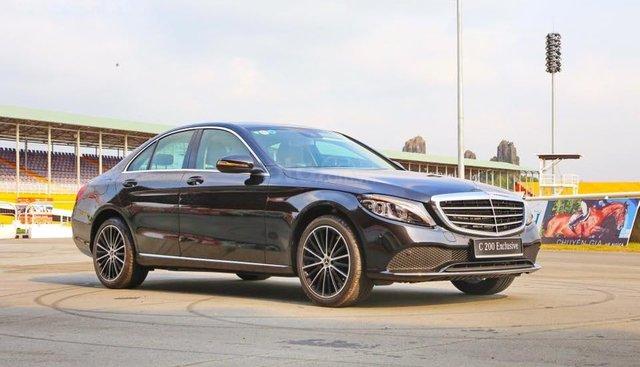 Bán xe Mercedes C200 Exclusive 2019 (C250 cũ): Thông số, giá lăn bánh (08/2019) giảm tiền mặt, tặng bảo hiểm và phụ kiện
