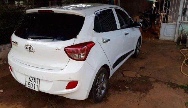 Bán xe Hyundai Grand i10 sản xuất 2016, màu trắng, xe nhập như mới