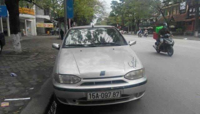 Bán Fiat Siena HLX năm sản xuất 2002, màu bạc, nhập khẩu