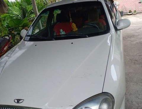 Bán Daewoo Lanos đời 2004, màu trắng, nhập khẩu ít sử dụng
