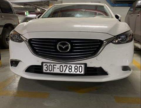 Bán ô tô Mazda 6 Premium 2.0 đời 2018, màu trắng chính chủ, giá chỉ 850 triệu