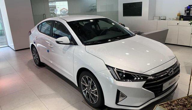 Bán xe Hyundai Elantra Facelift 2019