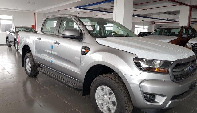 Cần bán xe Ford Ranger XLS AT năm 2019, màu bạc, nhập khẩu nguyên chiếc, giá chỉ 650 triệu