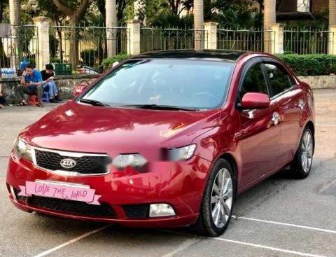 Gia đình cần bán xe Kia Forte màu đỏ, nội thất đen, bản mới số tự động 6 cấp