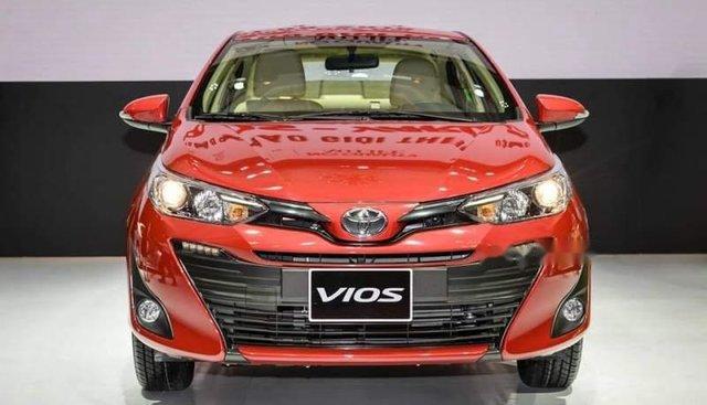 Bán xe Toyota Vios năm sản xuất 2019, màu đỏ. Ưu đãi hấp dẫn