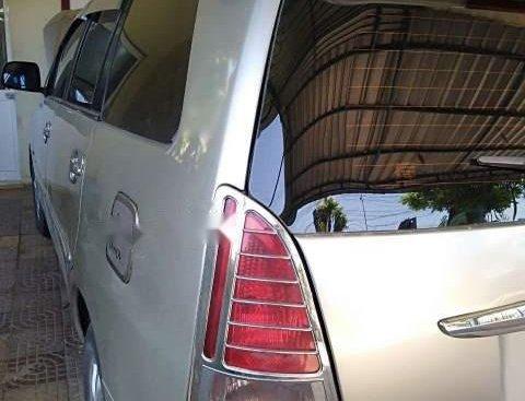 Cần bán Innova G2007, xe gia đình còn nguyên zin từ trong ra ngoài