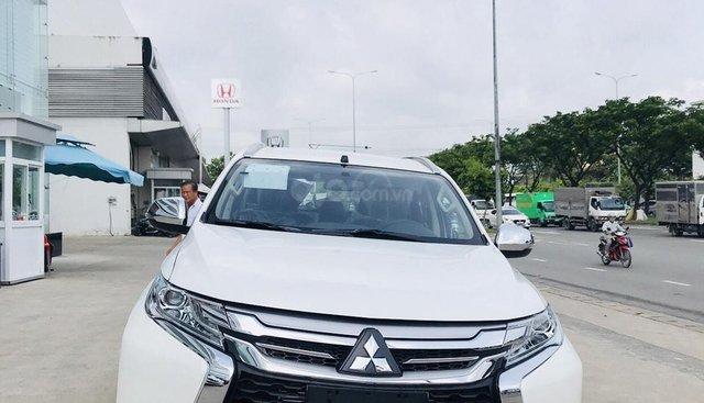 Bán Mitsubishi Pajero 4x4 Premium 2019, màu trắng, hỗ trợ 80%, liên hệ 0969 496 596 để nhận thêm ưu đãi