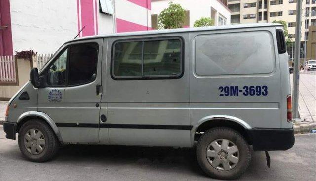 Cần bán gấp Ford Transit 2001, màu bạc, xe nhập