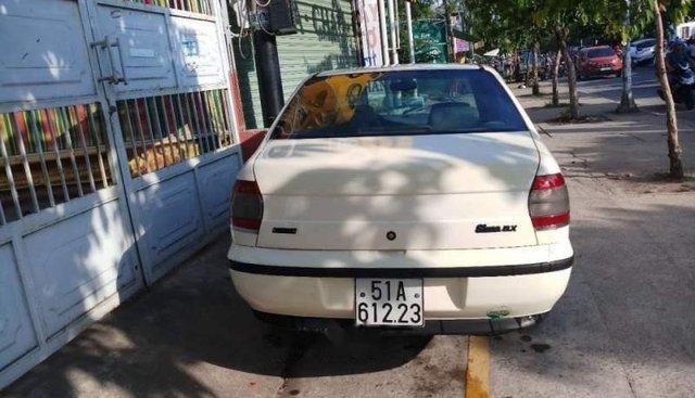 Bán xe Fiat Siena sản xuất năm 2003, màu trắng