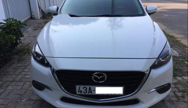 Cần bán lại xe Mazda 3 2018, màu trắng, chính chủ