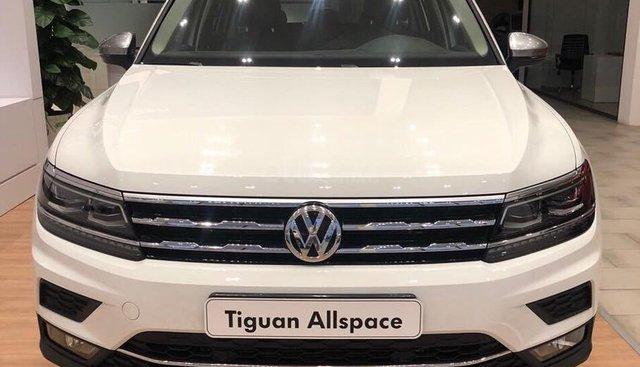 Bán Vokswagen Tiguan Allspace màu trắng, giá tốt giao ngay