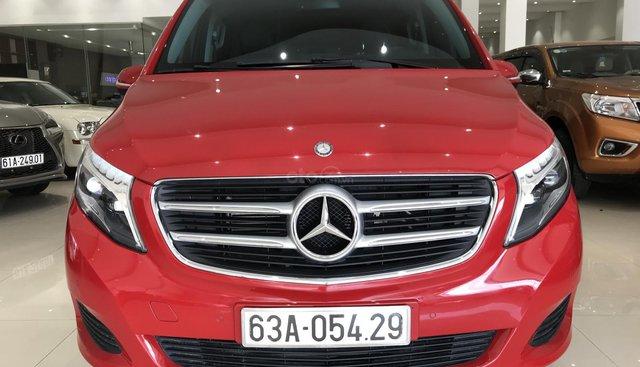 Bán Mercedes V220D Avantgarde 2016 máy dầu, nhập Tây Ban Nha