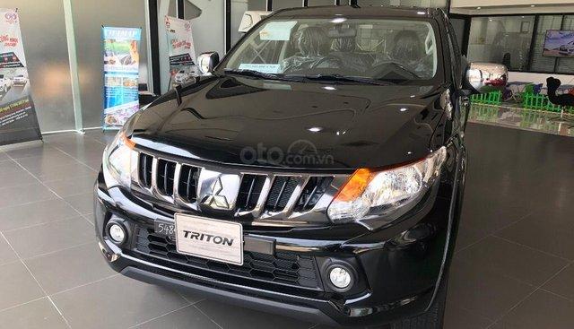 Cần bán Mitsubishi Triton 4x2 MT, màu đen, xe nhập tại Quảng Trị, hỗ trợ 80% vay, LH: 0963.413.446