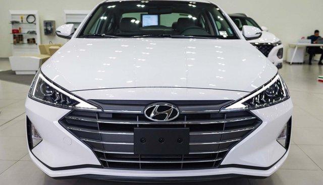 """""""Sốc"""" Tặng 20 triệu phụ kiện - Chỉ 179tr- Hyundai Elantra 1.6 AT 2019, hỗ trợ trả góp 85% - Thủ tục nhanh chóng"""
