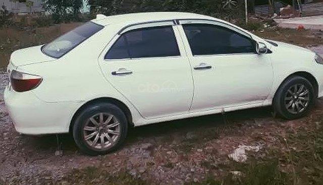 Cần bán xe Toyota Vios 1.5G năm sản xuất 2006, màu trắng