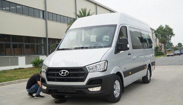 Xe khách Hyundai Solati 16 chỗ, đời 2019, khuyến mãi 60tr và nhiều quà tặng phụ kiện hấp dẫn. Hotline: 0907.239.198