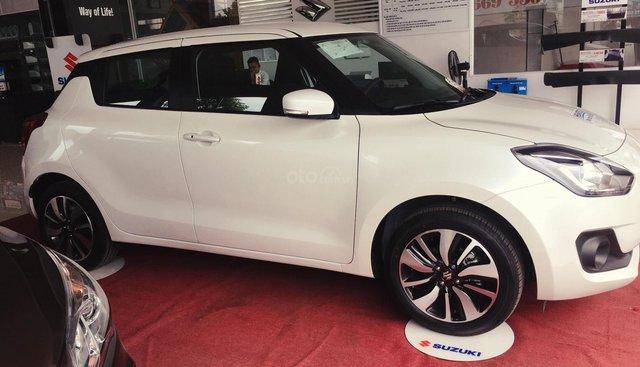 Cần bán xe Suzuki Swift GLX năm 2019, màu trắng, xe nhập, giá 549tr