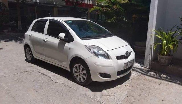 Chính chủ bán xe Toyota Yaris 2012, màu trắng, xe nhập