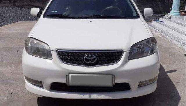 Cần bán xe Toyota Vios MT sản xuất năm 2003, màu trắng