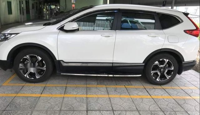 Bán Honda CR V đời 2018, màu trắng, nhập khẩu nguyên chiếc chính chủ