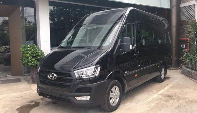 Cần bán xe Hyundai Solati đời 2019, màu đen, nhập khẩu nguyên chiếc
