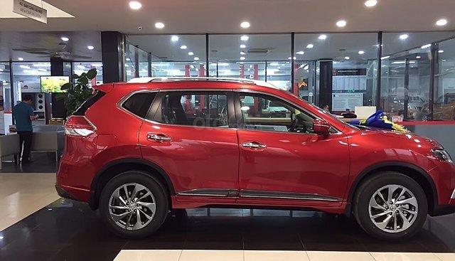 Cần bán Nissan X trail V Series 2.5 SV Premium 4WD đời 2019, màu đỏ