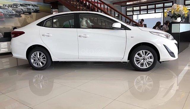 Bán Toyota Vios 1.5E MT sản xuất năm 2019, màu trắng