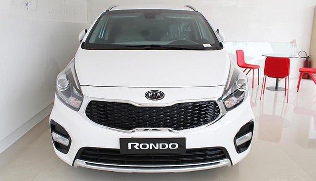 Bán Kia Rondo GAT sản xuất 2019, màu trắng