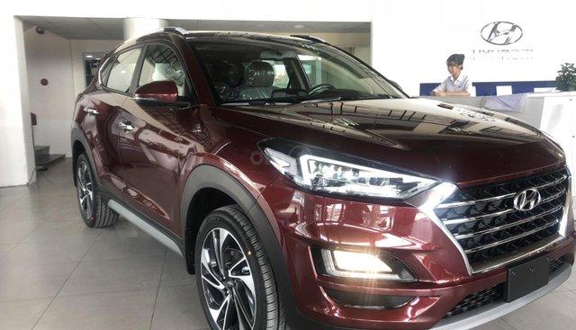 Tucson facelift 2019 đủ màu, xe giao ngay liên hệ ☎ 0358406866 Phương