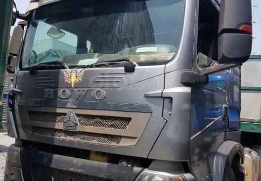 Ngân hàng thanh lí ô tô Howo T5G 2015, màu xám