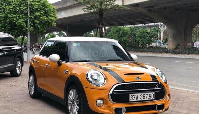 Cần bán xe Mini Cooper S sản xuất năm 2017, màu cam, nhập khẩu nguyên chiếc