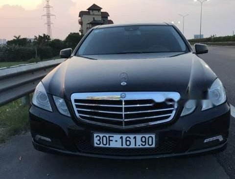 Bán ô tô Mercedes E300 sản xuất 2019, màu đen, nhập khẩu, máy ngon, gầm tốt